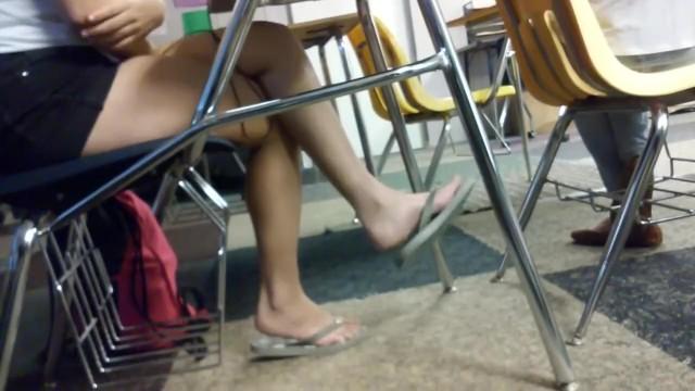 Candid Feet School Class