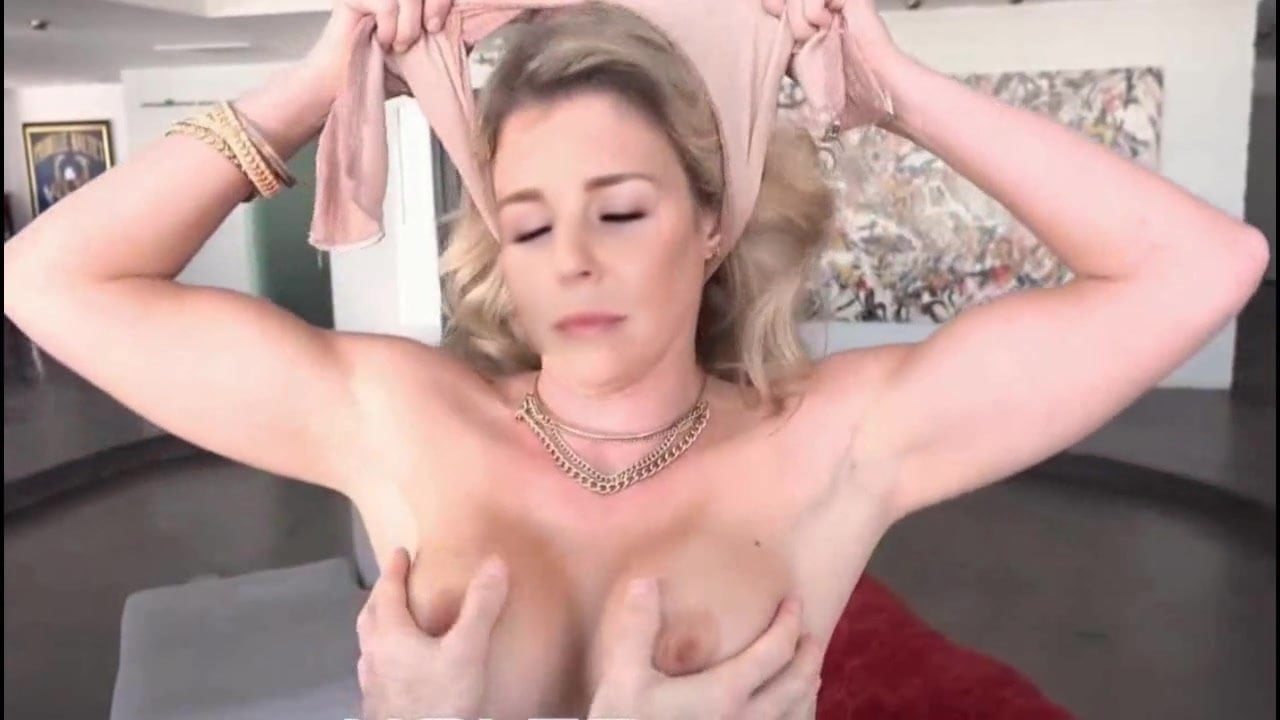 Chantal Janzen  nackt